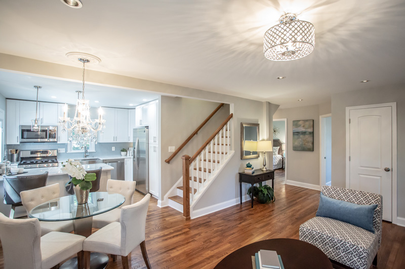Real Estate Photography, well lit livingroom with decorative light